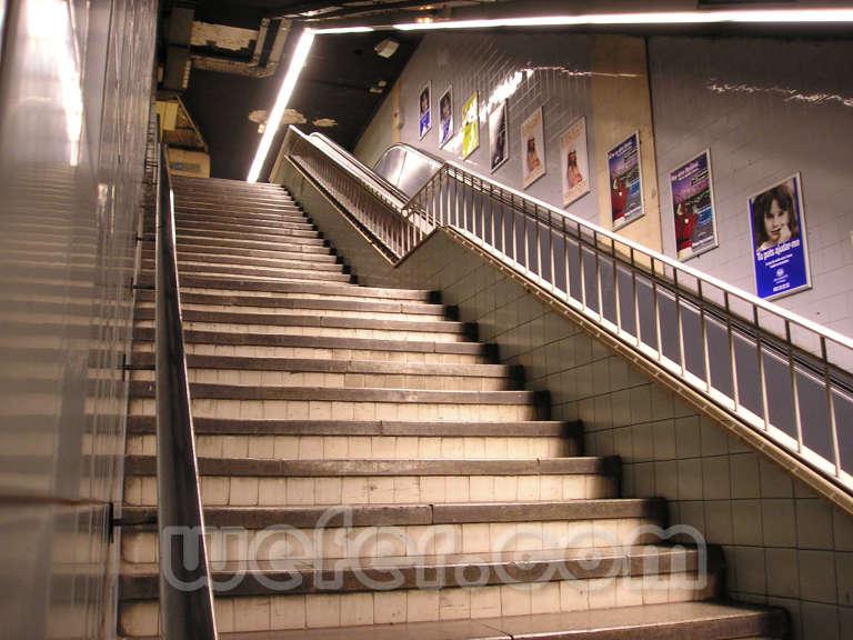 TMB Plaça de Sants - Diciembre 2004