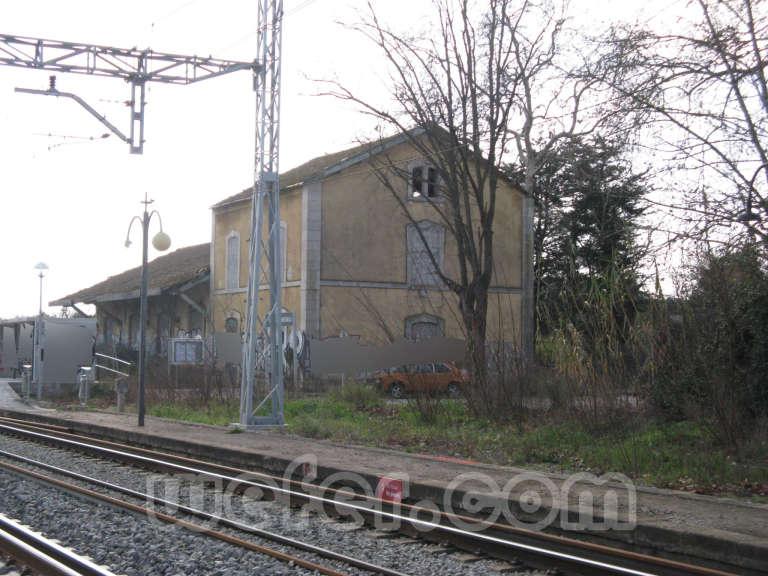 Renfe / ADIF: Sant Jordi Desvalls - 2011