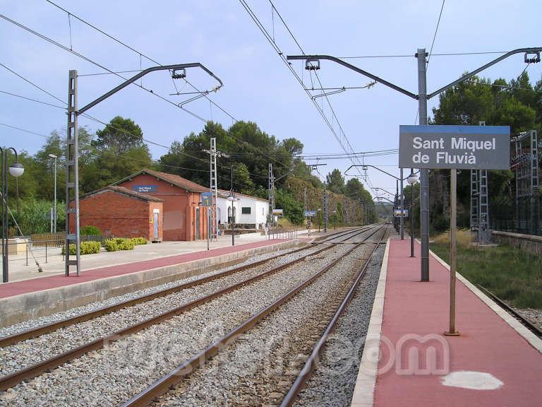 Renfe / ADIF: Sant Miquel de Fluvià - 2007