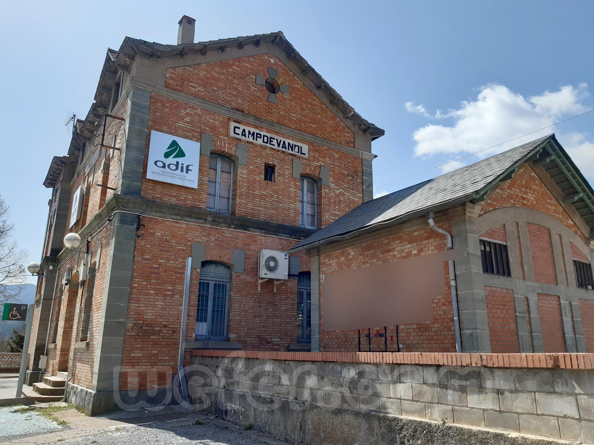 Renfe / ADIF: Campdevànol
