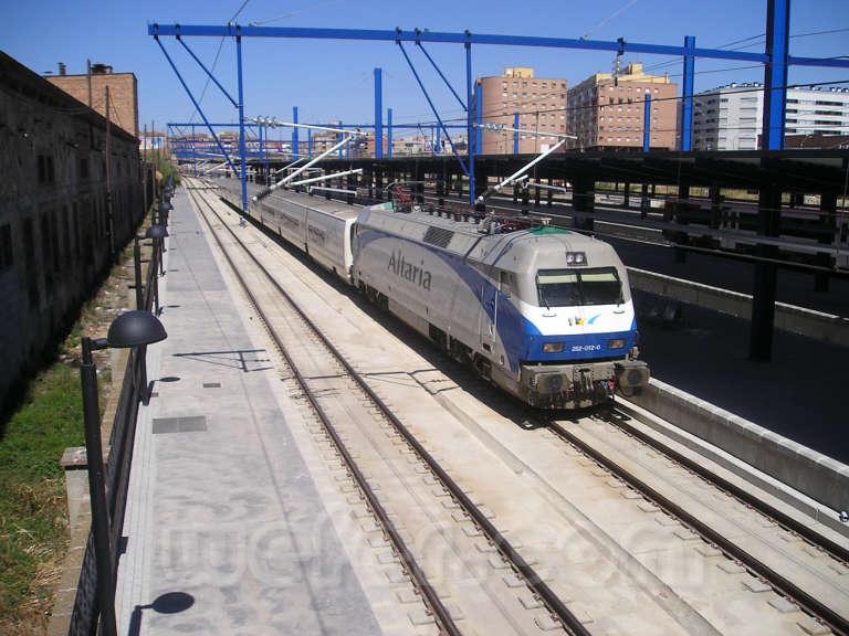 Renfe / ADIF: Lleida - Pirineus - 2004