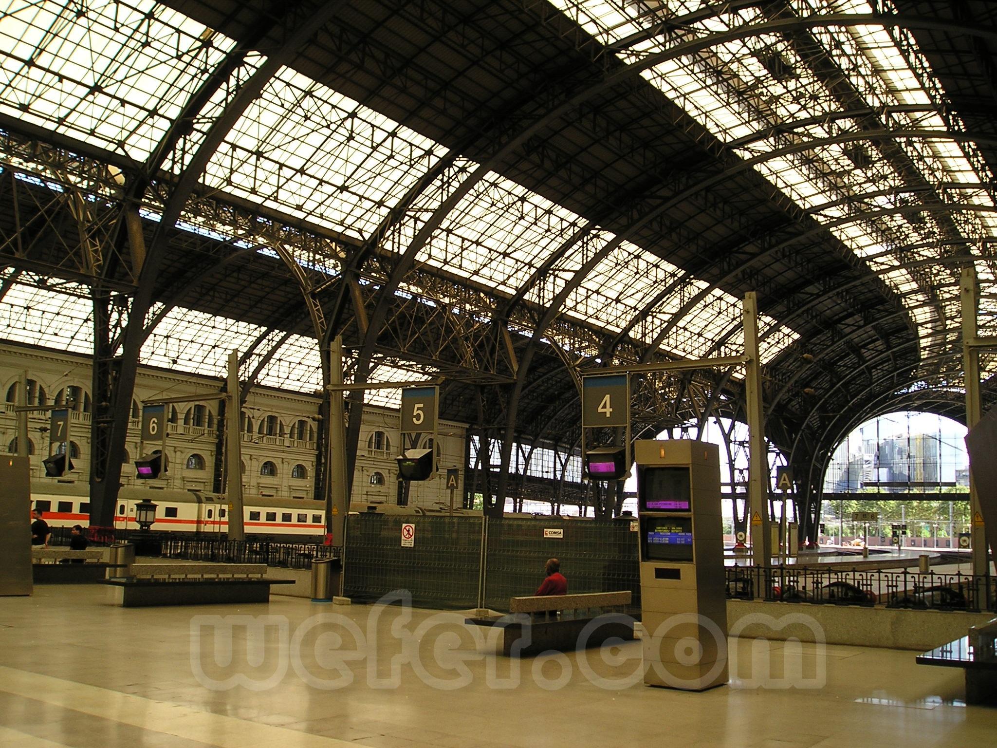 Renfe / ADIF: Barcelona - Estació de França