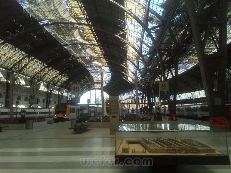 Renfe / ADIF: Barcelona - Estació de França - 2020