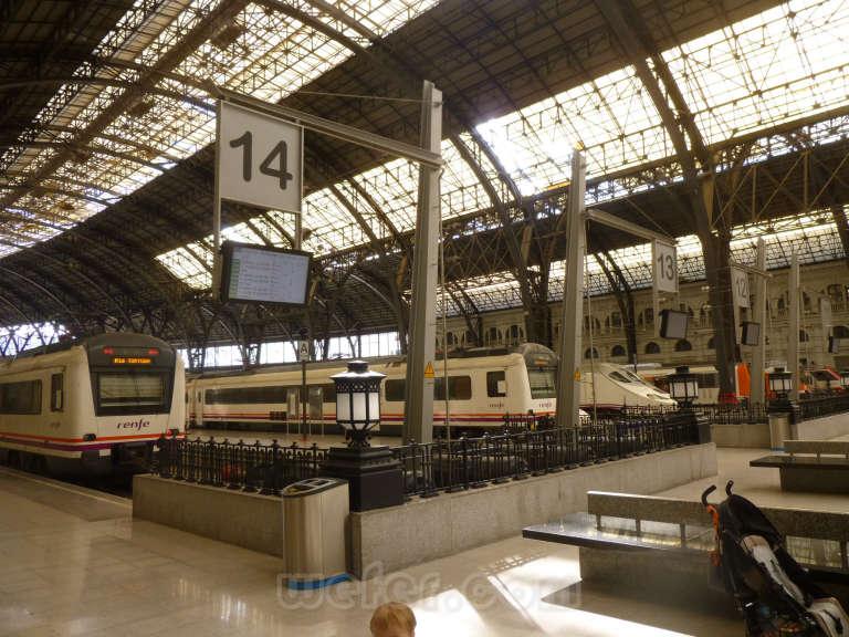 Renfe / ADIF: Barcelona - Estació de França - 2013