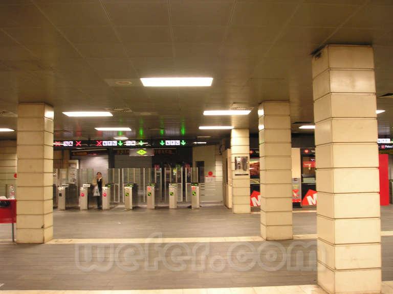 Renfe / ADIF: Barcelona - Pl. Catalunya - 2004
