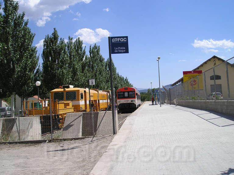 FGC: estación La Pobla de Segur - 2006