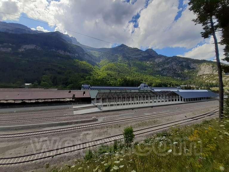 Renfe / ADIF: estación internacional de Canfranc - 2021