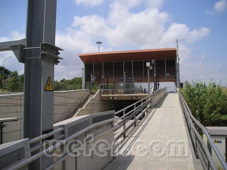 FGC Colònia Güell - Juny 2004